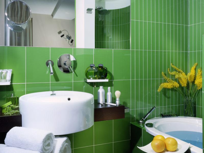Green Bathroom at the Hotel Art Rome