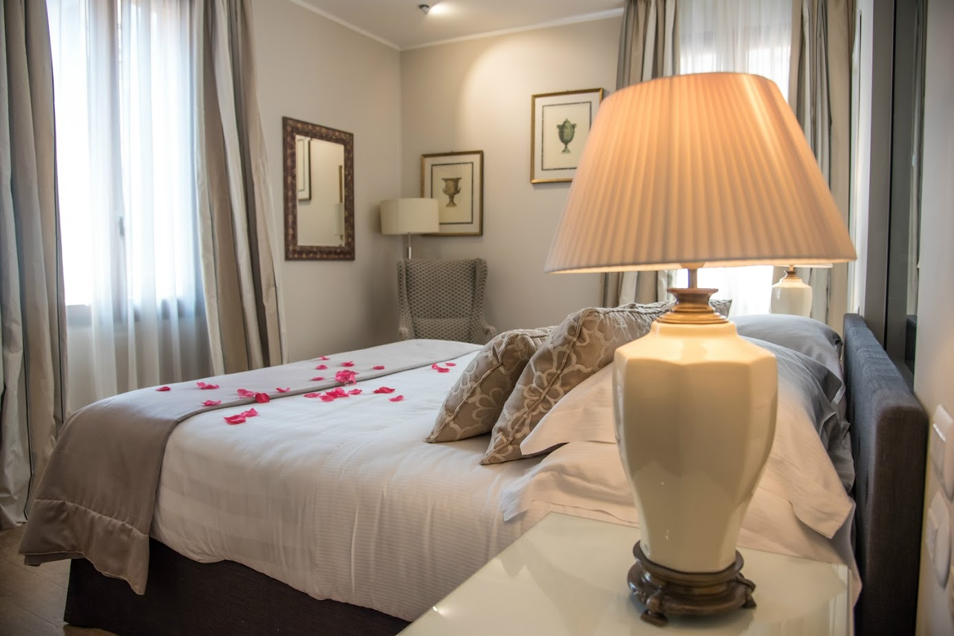 Monte cenci hotel boutique hotels rome for Best boutique hotels in rome 2015